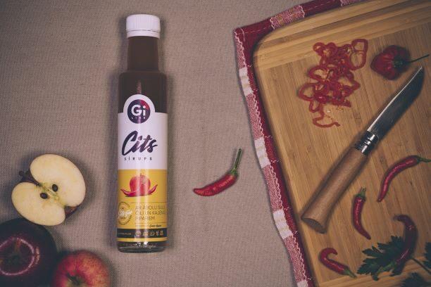 SILDIES, UN JŪTIES LABI !!!  Čili, kajēnas piparu un ābolu sulas sīrups ar stēviju !