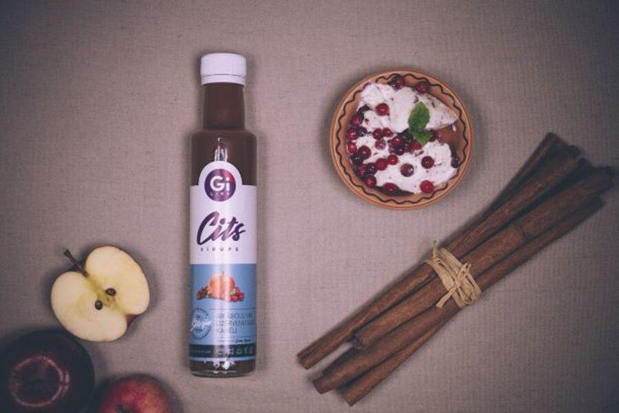 Kanēļa, dzērveņu, ābolu sulas sīrups ar stēviju
